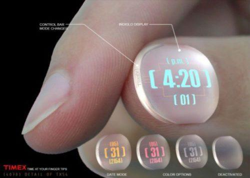¿Un reloj con uñas desechables? Una de las propuestas para Timex