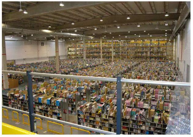Recorremos el almacén de logística de Amazon España