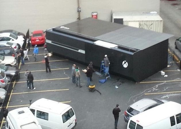 Xbox One gigante y zombies para Halloween