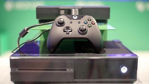 Jugando a Killzone Shadow Fall en la dashboard de Xbox One (vídeo)