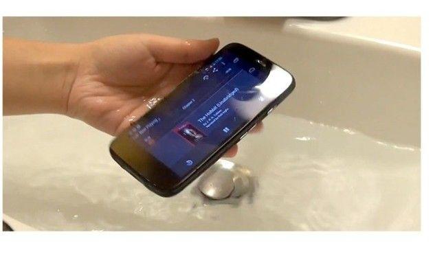 Moto G es resistente al agua o'3m1x
