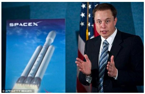 SpaceX dice que llevará humanos a Marte en 2026, antes que NASA