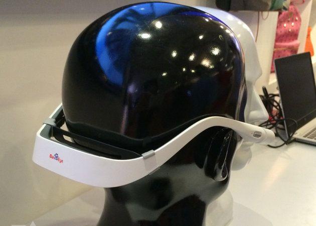 """Baidu muestra Eye, su """"versión"""" de Google Glass sin pantalla"""