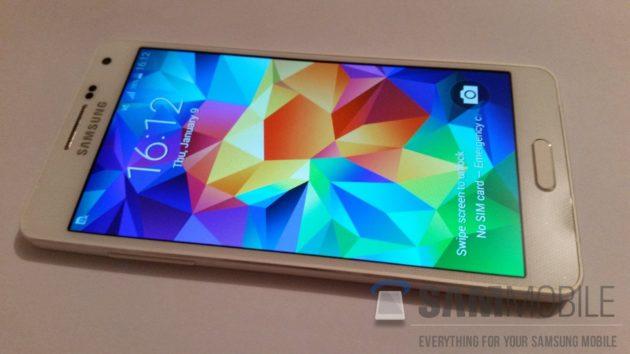 Este es el Galaxy A5, la apuesta metálica de Samsung