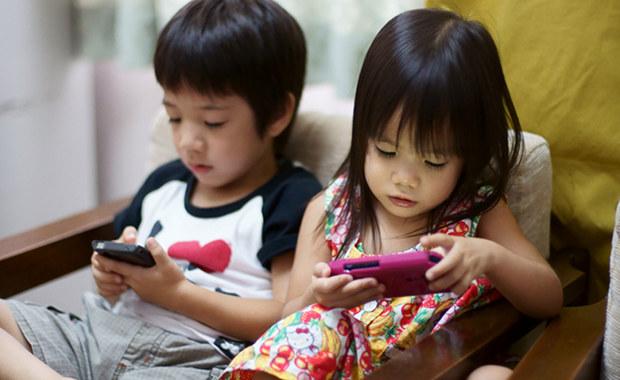 Taiwán obliga a los padres a limitar el uso de gadgets a sus hijos