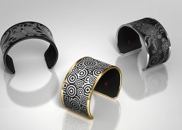 Tago Arc, la pulsera de tinta electrónica que puede cambiar su diseño