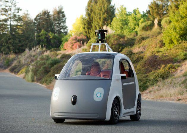 El coche sin conductor de Google llevará airbags externos para proteger a los peatones en caso de colisión
