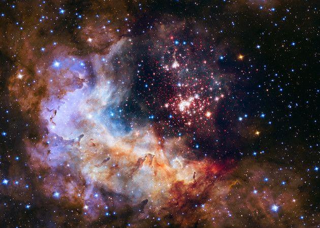 Hubble cumple 25 años
