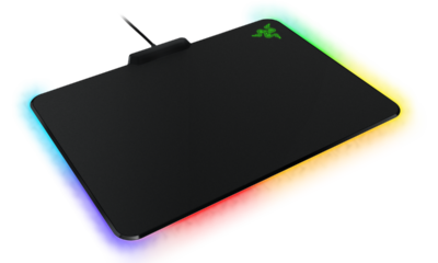 Razer FireFly, alfombrilla gaming con LEDs personalizables 29