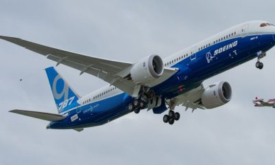 Impresionante despegue vertical del Boeing Dreamliner 40