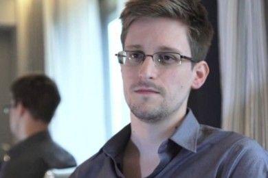 Edward Snowden elogia el nivel de privacidad de Apple