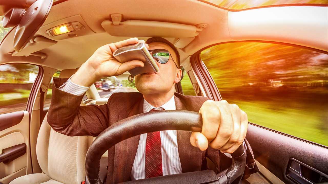 Una tecnología impedirá arrancar el coche si el conductor está borracho