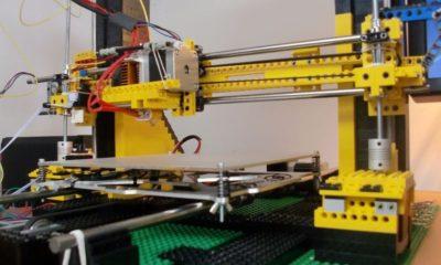 Impresora de LEGO que imprime LEGO 49