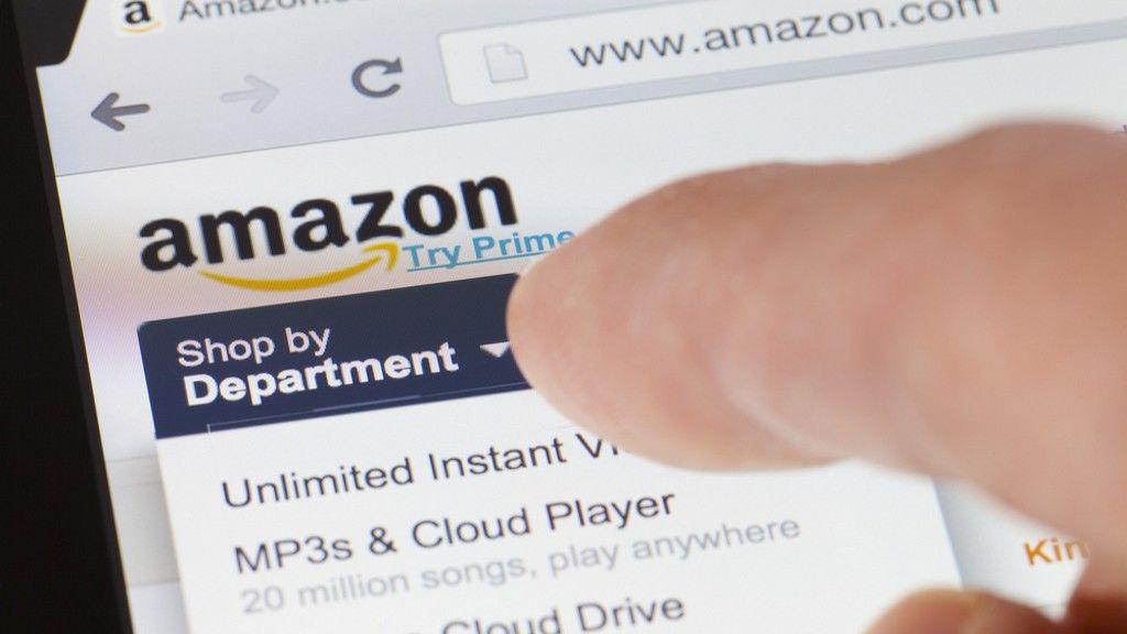 Amazon, acusada de espiar los perfiles en las redes sociales de sus usuarios