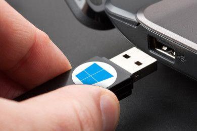 Ya puedes reservar Windows 10 en un USB, precios