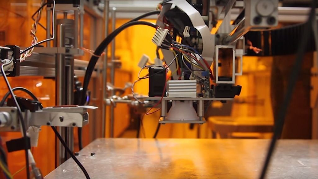 La MultiFab 3D puede manejar 10 materiales a la vez 31
