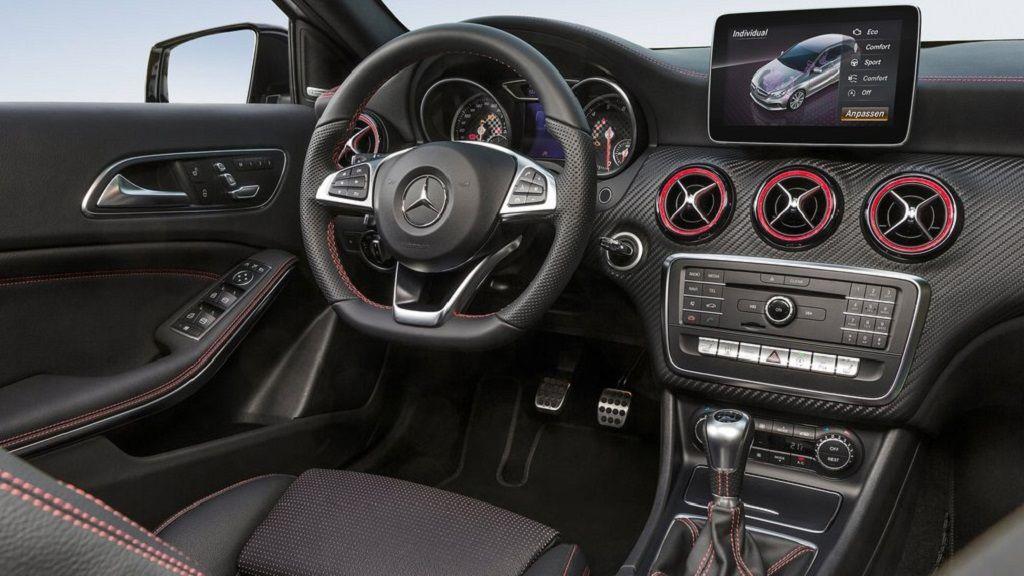 Nueva interfaz de lenguaje natural para los Mercedes-Benz 34