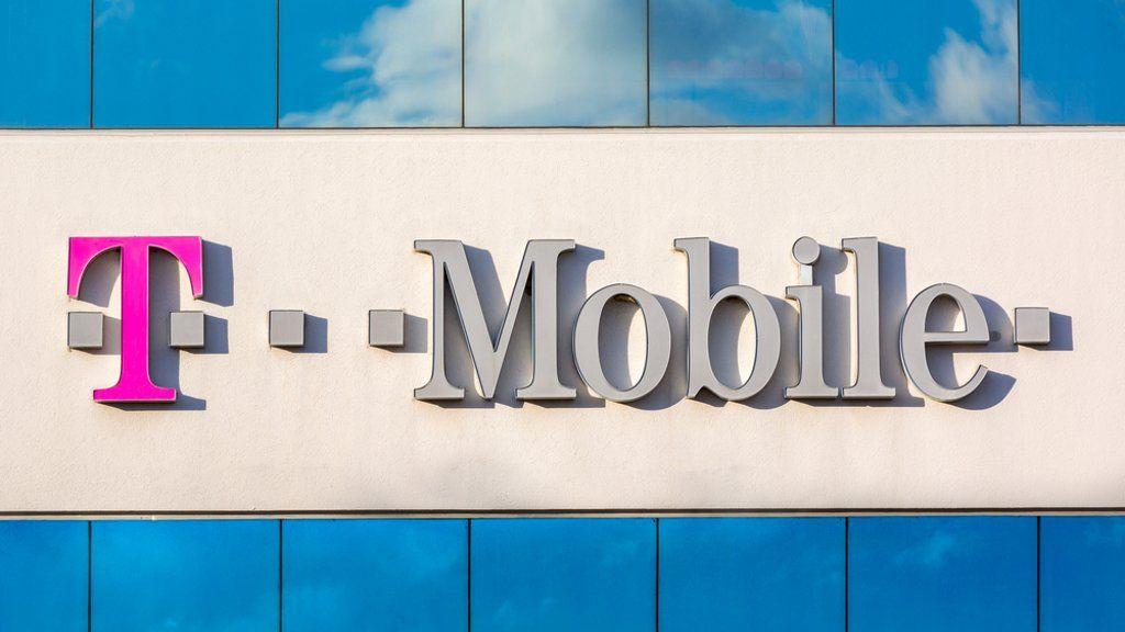 Robados los datos de 15 millones de clientes de T-Mobile