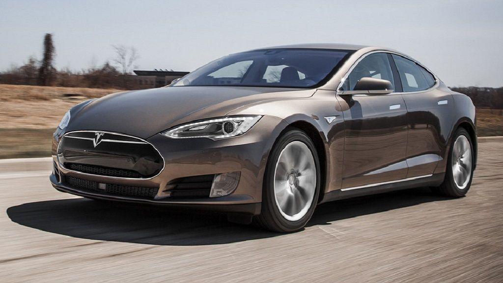 Consumer Reports deja de recomendar el Tesla Model S 32