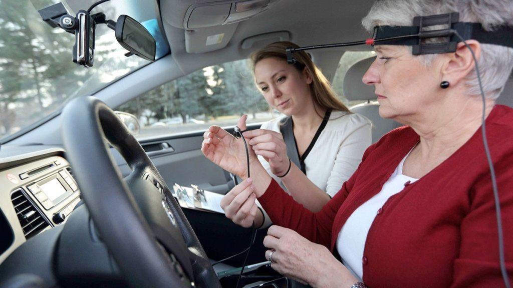 Los comandos por voz al volante también son peligrosos 29
