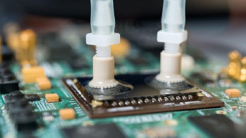 CPUs con refrigeración líquida interna, una gran innovación 29