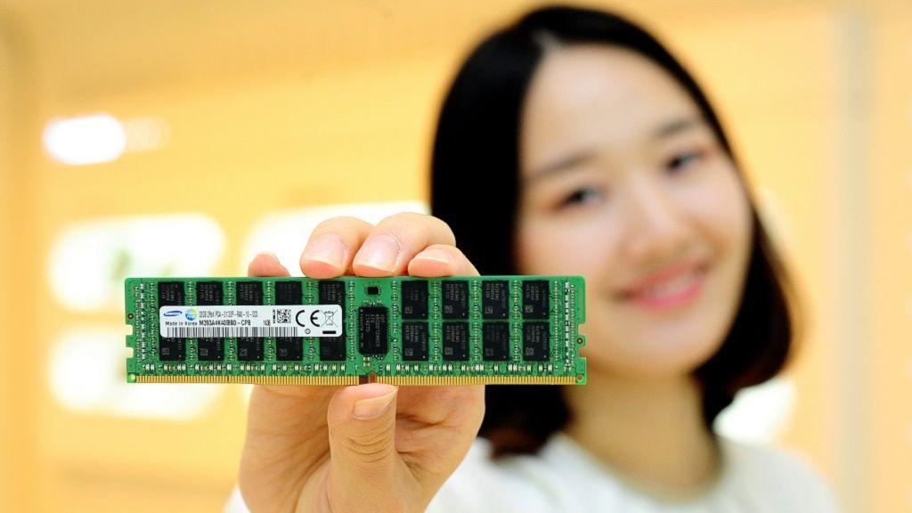 Samsung inicia la producción en masa de módulos DDR4 de 128 GB 28