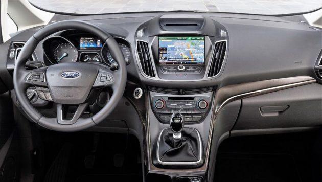 Ford C-Max 2015, evolucionado 42