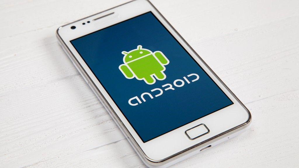 Google busca alianzas para crear sus propios chips para Android