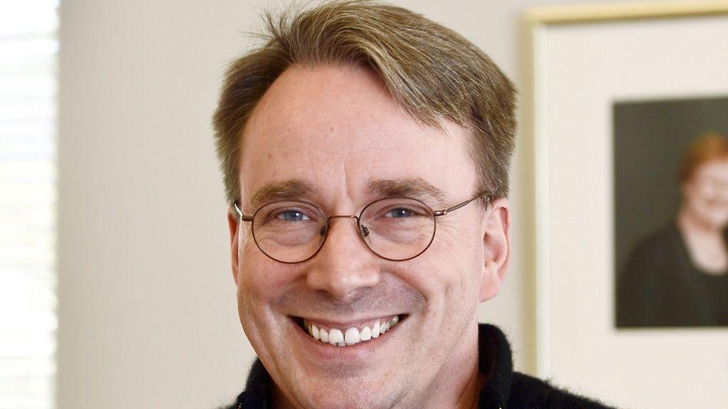Linus Torvalds pierde los papeles una vez más 28