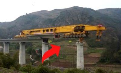 Esta máquina construye puentes con enorme facilidad 28