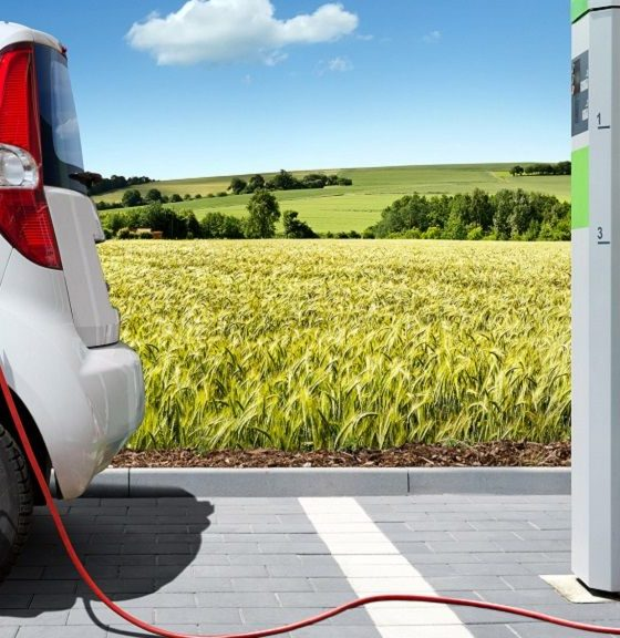 Francia lanzará un coche eléctrico asequible en 2016 32