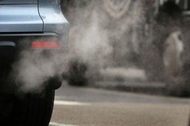 Europa prohibirá los coches contaminantes en ciudades