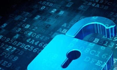 Consiguen robar el email a 130 famosos 34