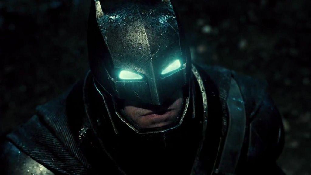 Merchandising extremo: Batman acorazado a tamaño real 29