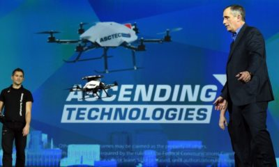 Intel pone en el aire 100 drones con un único controlador 56