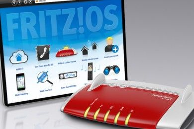 Die FRITZ!Box des Berliner Herstellers AVM verbindet viele Geräte einfach und sicher untereinander und mit dem Internet. Kabellose Verbindungen über den schnellen WLAN N-Funk sind spielend leicht aufgebaut und dank individuellem Passwort serienmäßig sicher. Als Kombination aus DSL-Modem, WLAN-Router, Telefonanlage und ausgestattet mit einem integrierten Medienserver ist die FRITZ!Box die ideale Zentrale zur Heimvernetzung.