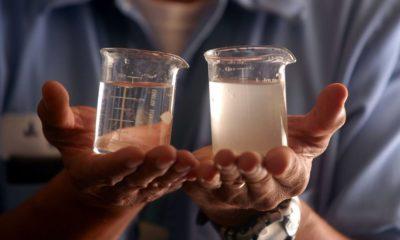 Logran crear baterías que desalinizan el agua al cargarse 49