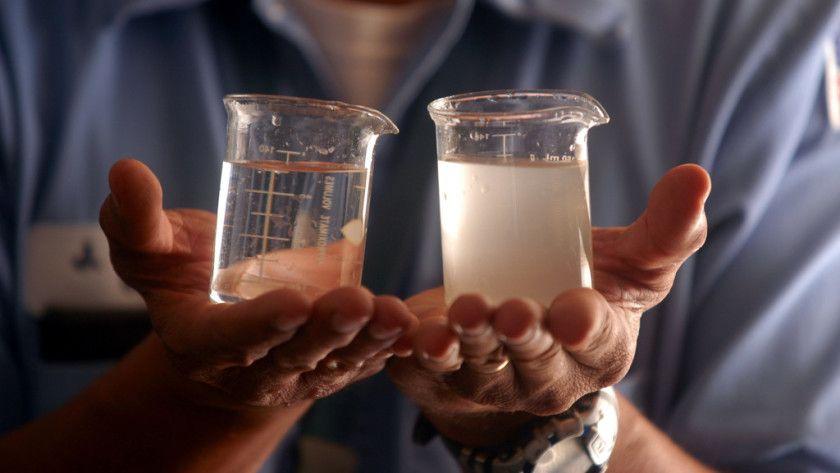 Logran crear baterías que desalinizan el agua al cargarse