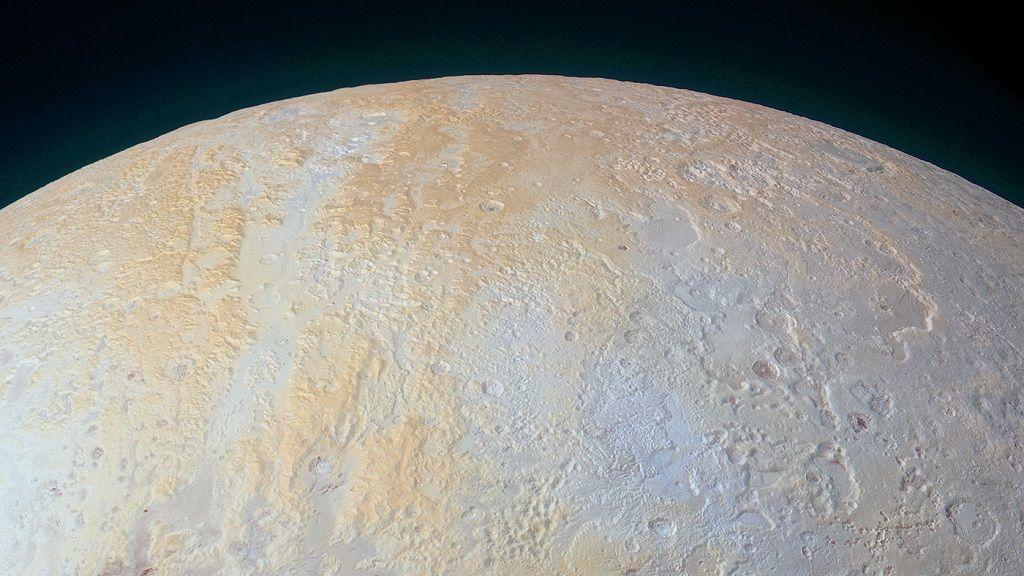 Nueva imagen de Plutón muestra sus cañones más antiguos 29