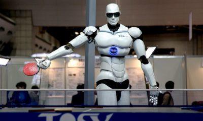 El Último Trabajo en la Tierra, un mundo lleno de robots 33