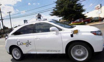 Un coche autónomo de Google choca con un autobús 61