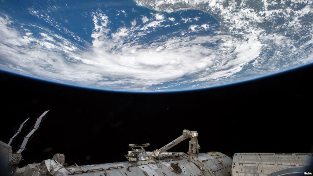 ¿Por qué se sienten débiles los astronautas al volver a la Tierra? 31