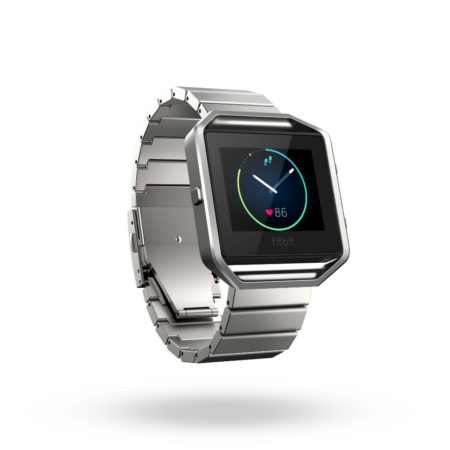 Fitbit_Blaze_3QTR_Metal_Silver_Shadow_300dpi