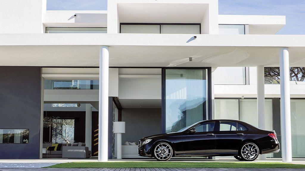 Mercedes-AMG E43 4MATIC, lujo y potencia 30