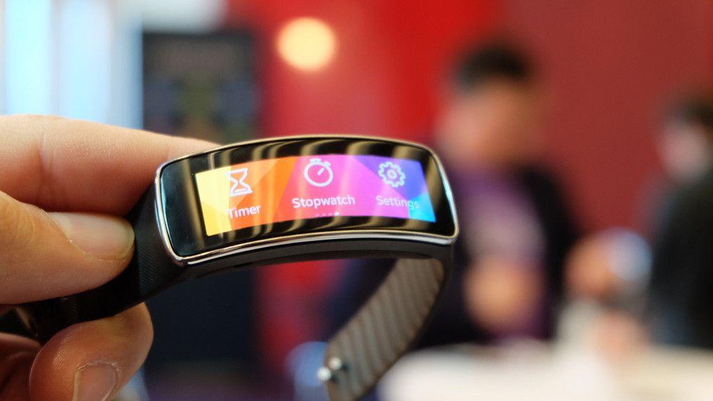 Filtrados los Samsung Gear Fit 2 y Gear IconX 30