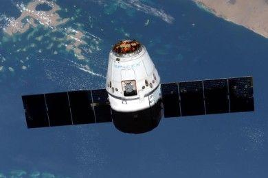 SpaceX aterriza un Falcon 9 en una plataforma en el mar