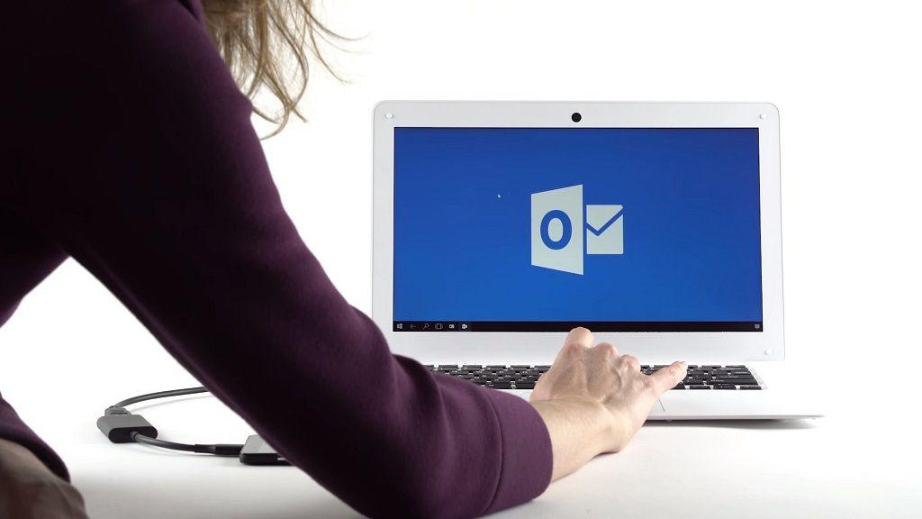 NexDock, convierte tu smartphone en un portátil gracias a Continuum 31