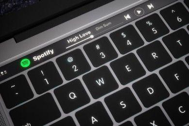 """macOS Sierra """"confirma"""" nuevos portátiles con barra OLED"""
