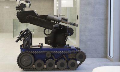 La policía utiliza un robot bomba para matar a un tirador 68
