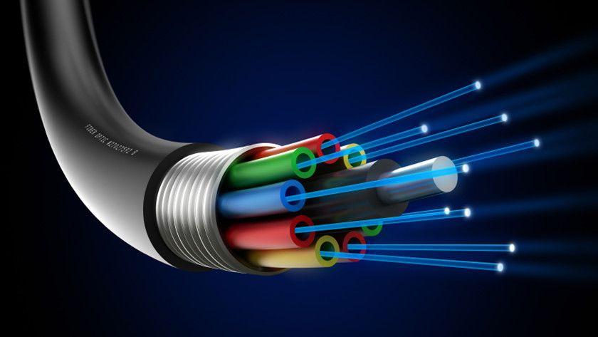 La fibra óptica para telecomunicaciones cumple 50 años